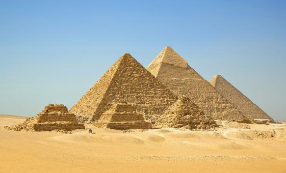 Pyramids and the Nile Tour