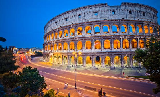 Night Time Bike & Cycling Cruise Tour in Rome to the Colosseum & Vatican