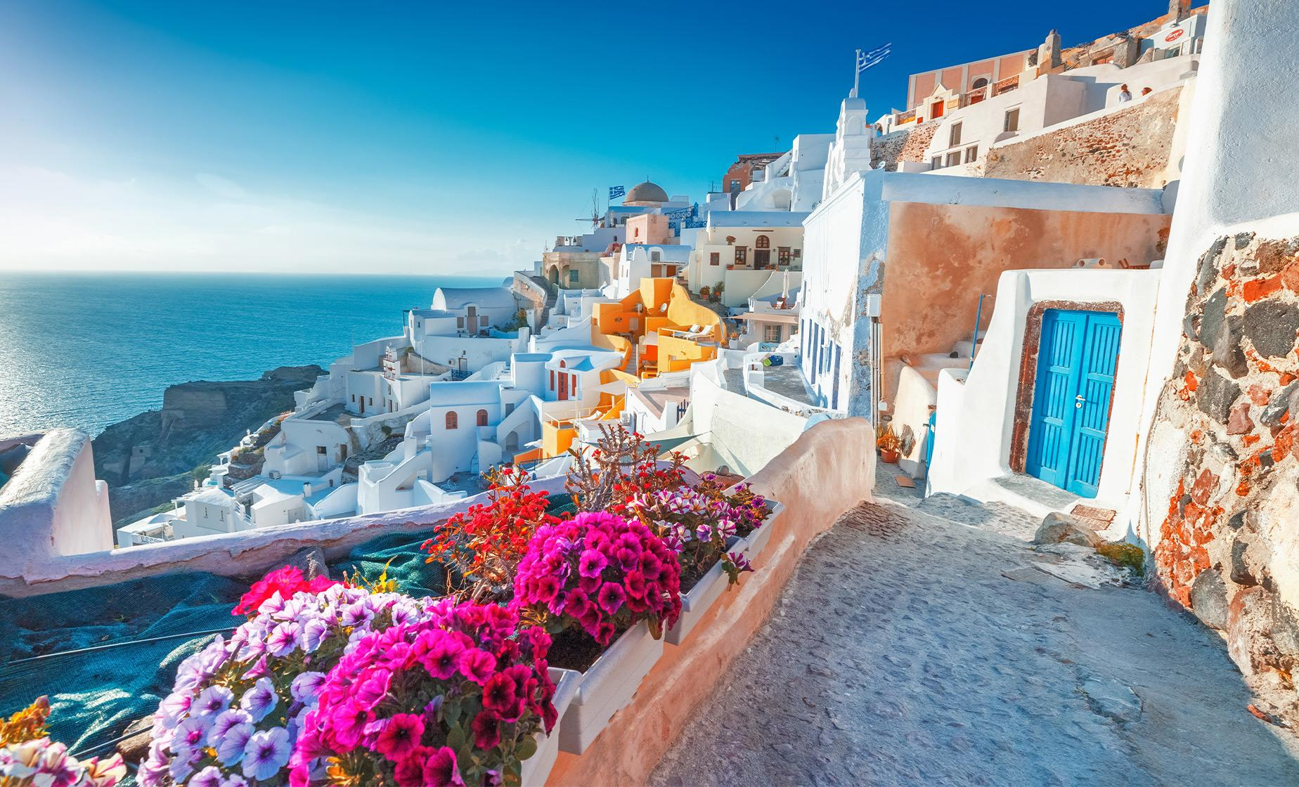 Exclusive Santorini, Oia and Winery Tour
