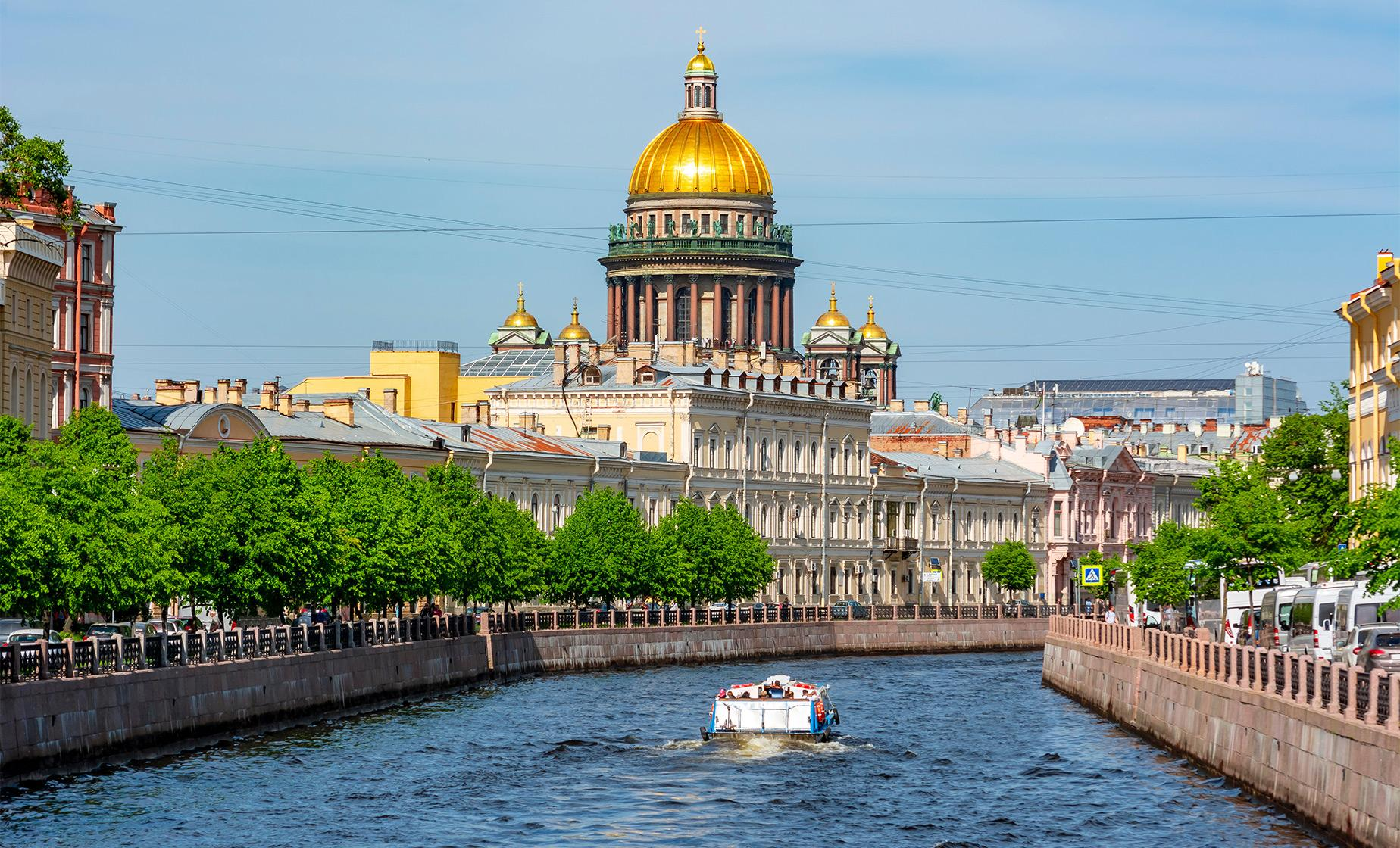 Private Church on Spilled Blood and Canal Cruise (Visas Included)