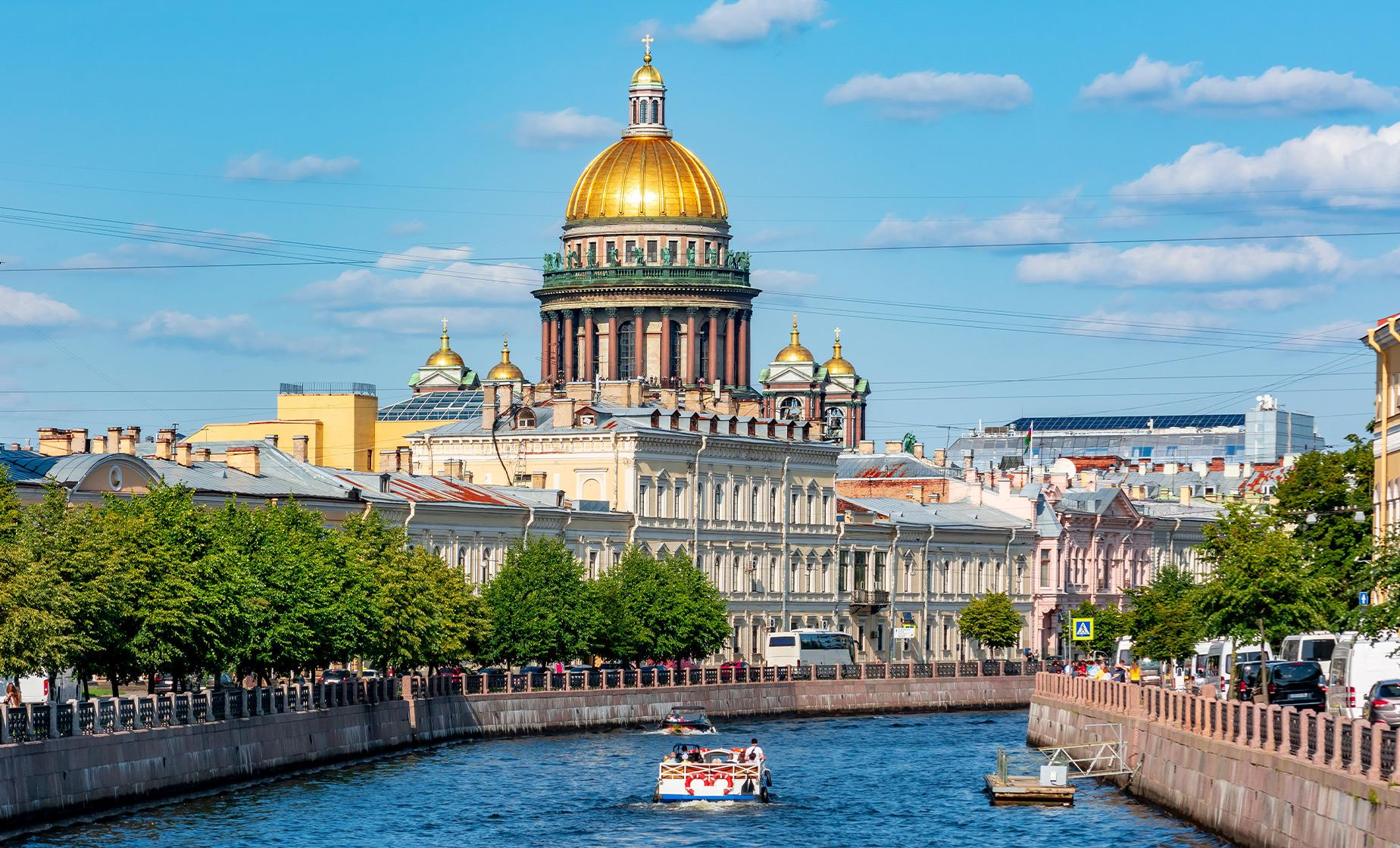 2 Day St. Petersburg Tour with Faberge Museum and Canal Cruise