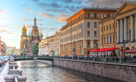 2 Day St. Petersburg Must-Sees and Boat Cruise Tour