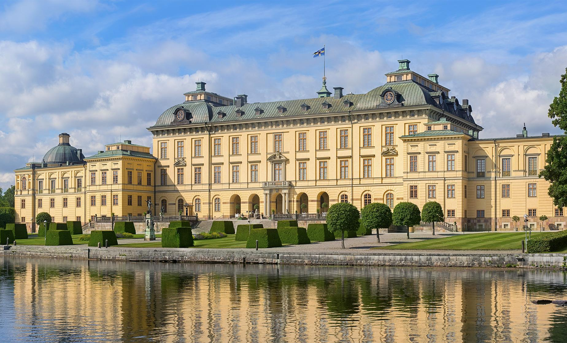 Private Drottningholm Palace and Court Theatre Tour (English Garden and a Chinese Pavilion)