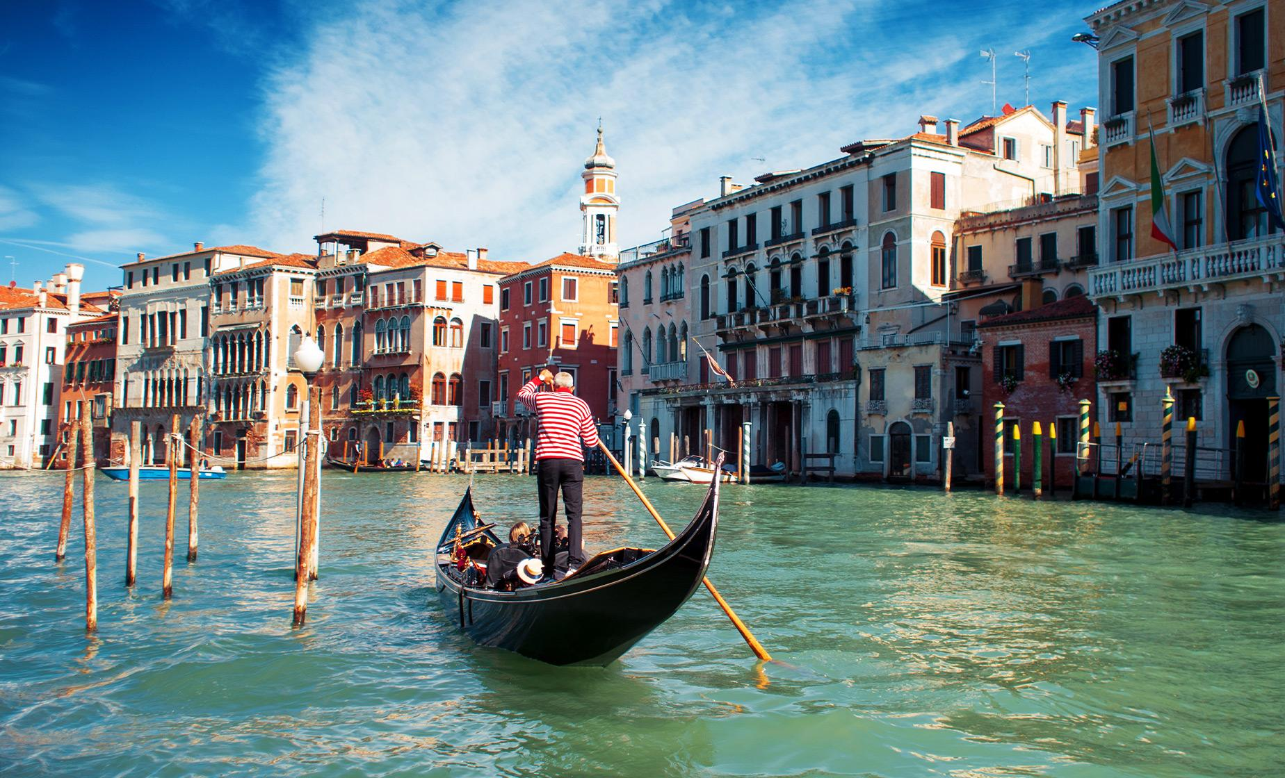 Hidden Gems of Venice Walking Tour, Rialto Bridge and Gondola