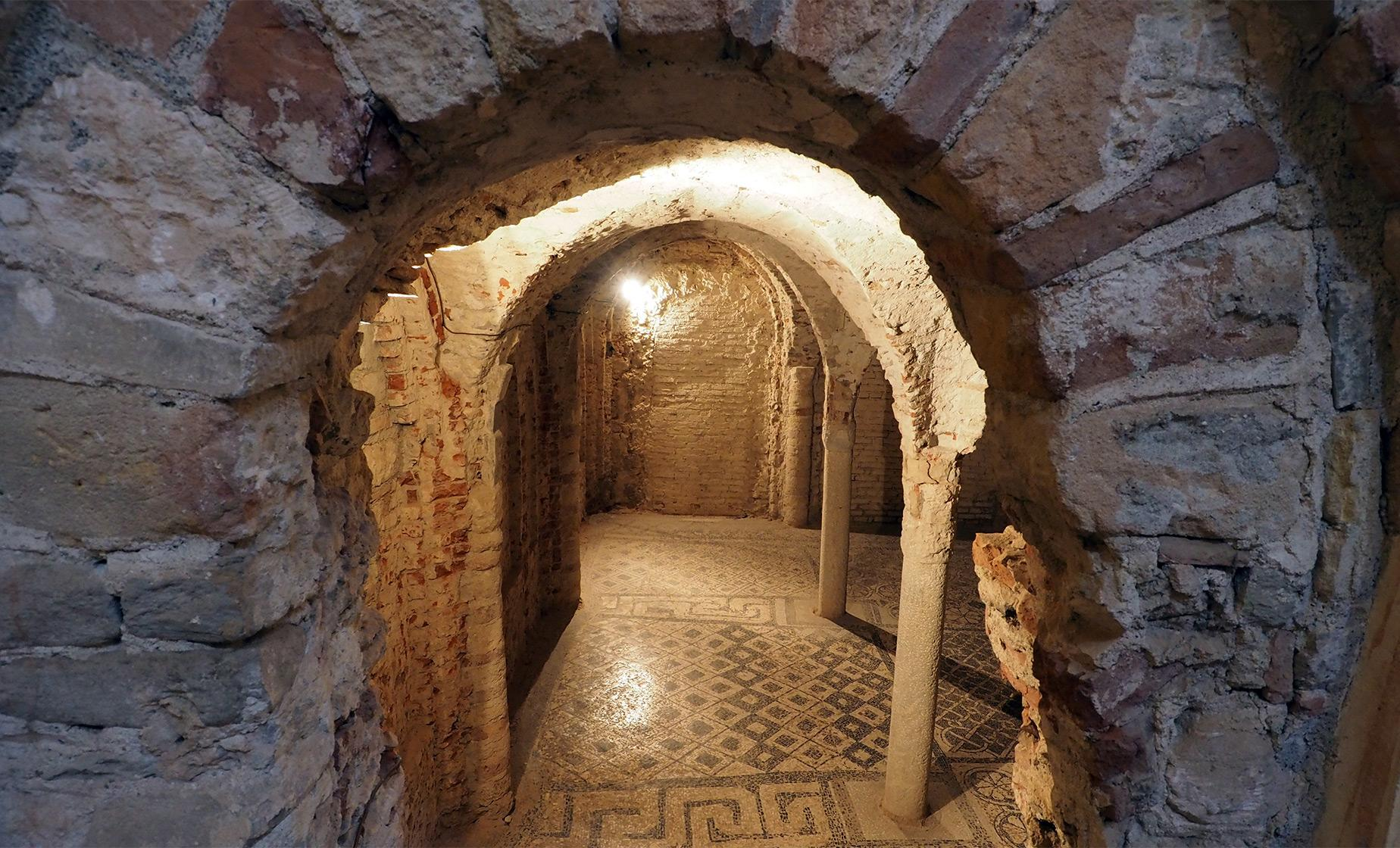 Legends and Ghosts of Underground Venice