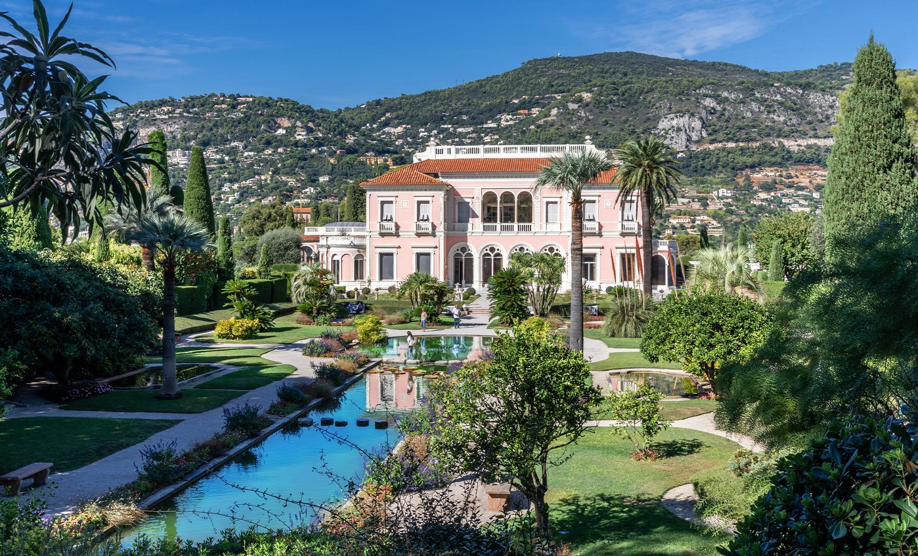 Private Rothschild Foundation and Villa Kerylos Tour in Villefranche (Cap Ferrat)