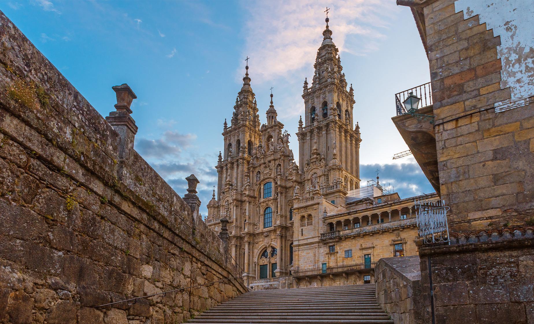 Journey to Santiago de Compostela Tour from Vigo