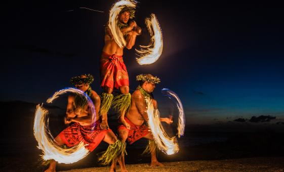 Hawaii Cruise Excursions in Kauai | winding local culture music dance entertainment buffet in Kauai