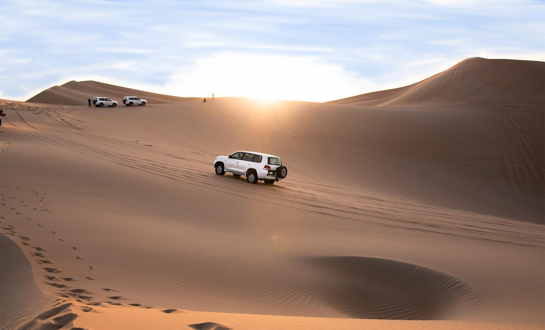 4 x 4 Morning Safari Adventure Tour Abu Dhabi Desert