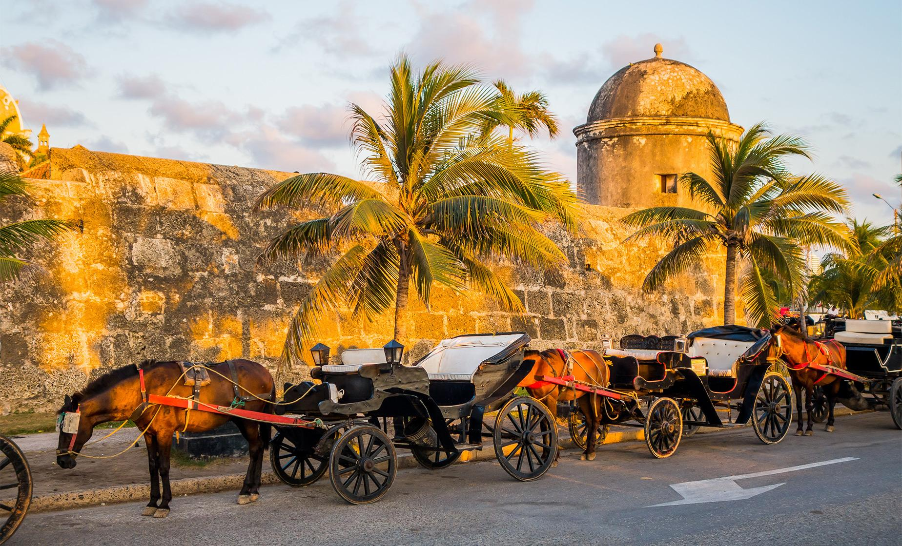 Horse Drawn Carriage Tour in Cartagena (Las Bovedas, the Old City, the Vaults)