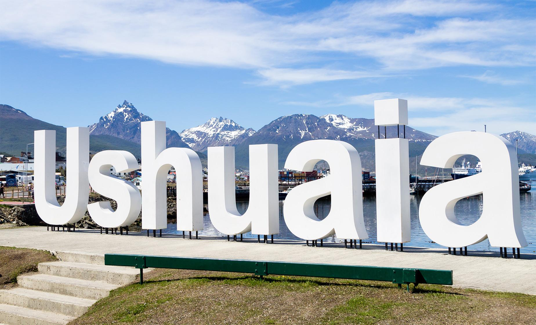 Ushuaia on Double Decker Bus Tour (Centenary Park, Avenida Maipu)