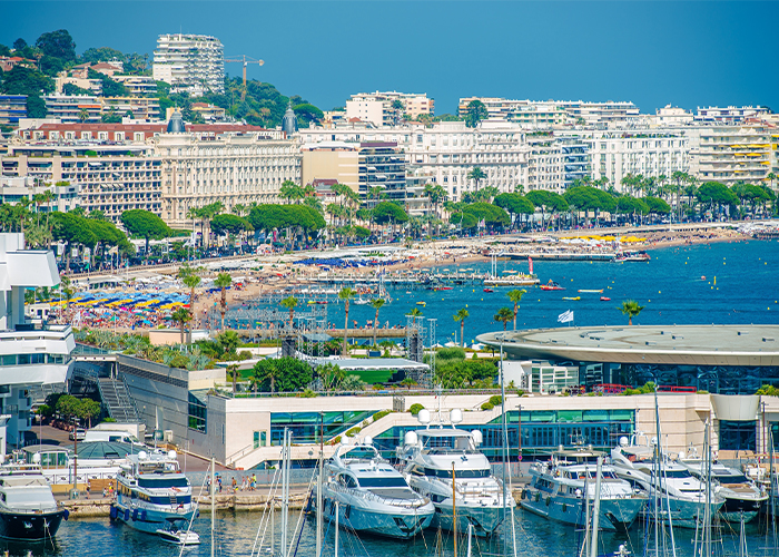 Cannes shore excursions to French Riviera.