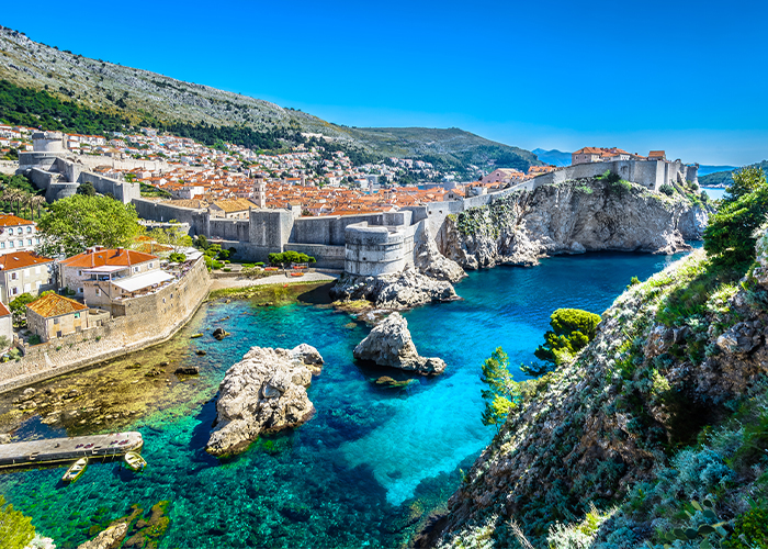 Dubrovnik tours to old town.