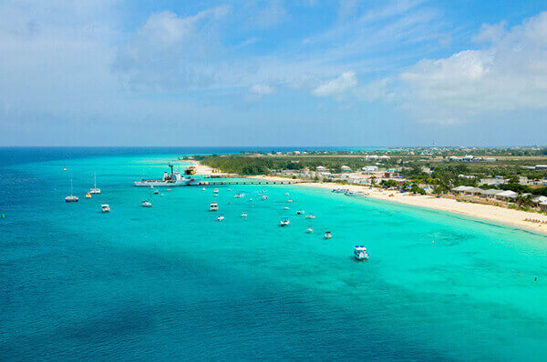 Grand Turk excursions to beachside paradise.