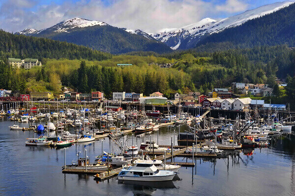Ketchikan excursions to mountain port town docks.